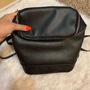 Handbags - Black back pack